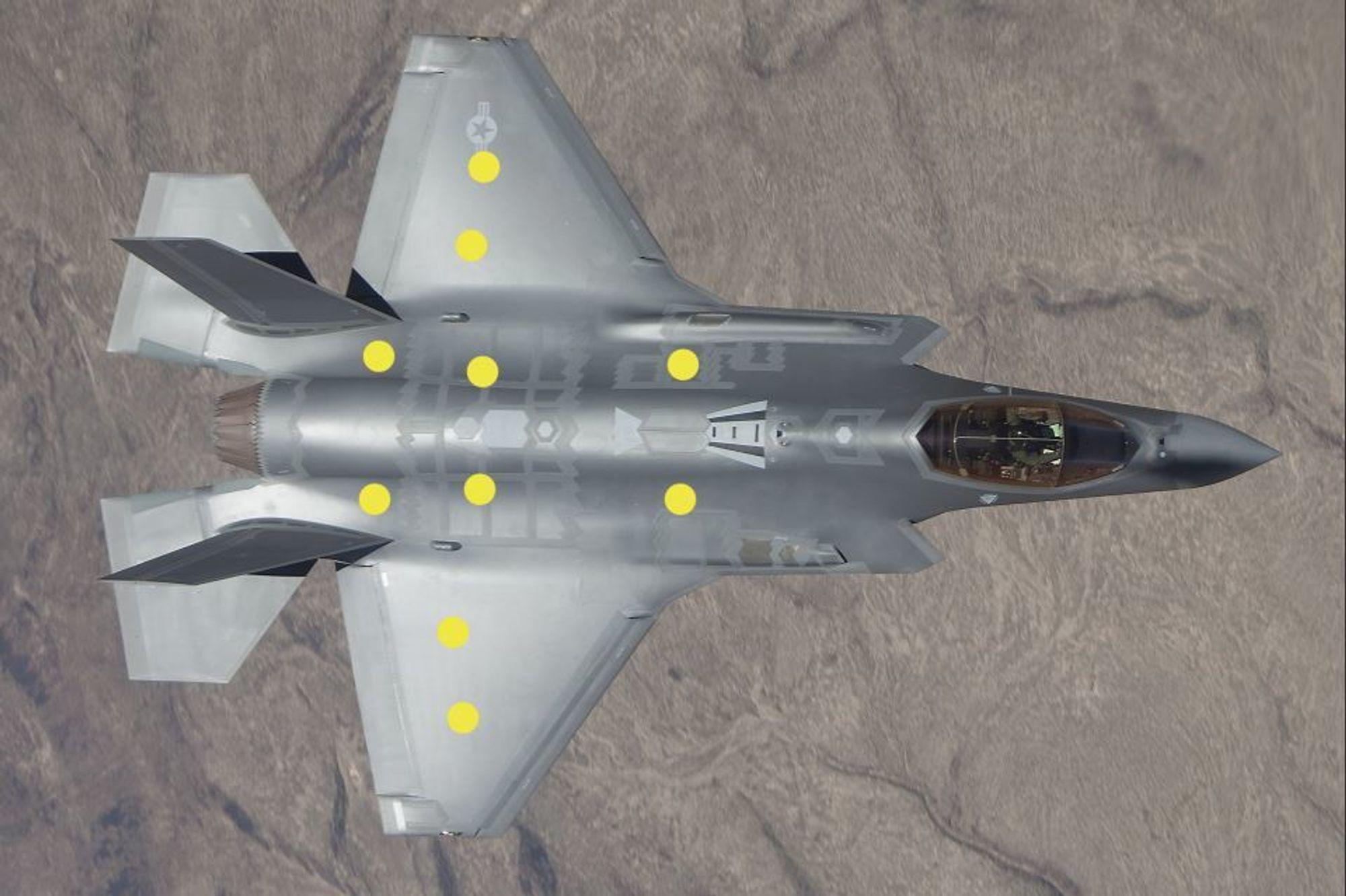 Elektronikkhyllene til norske Techni befinner seg ved de gule prikkene. Horten-bedriften er en av få som leverer til kampflyprogrammet. Norge bruker 71,5 milliarder på F-35 anskaffelsen.