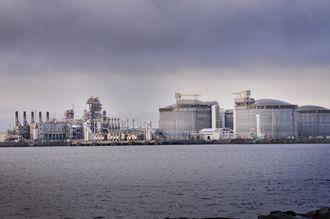 LNG-fabrikken på Melkøya får gassen sin fra det første produserende feltet i Barentshavet, Snøhvit-feltet.