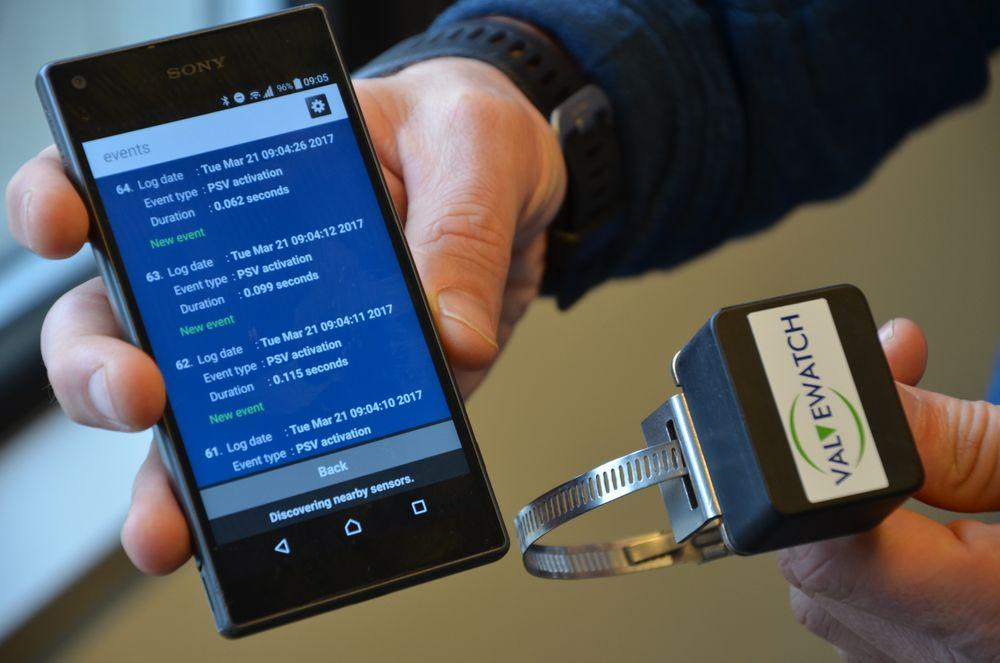 Sensoren fra Sentec er basert på Bluetooth og MEMS-teknologi. Dataen blir foreløpig hentet inn via en EX-sikker smarttelefon.