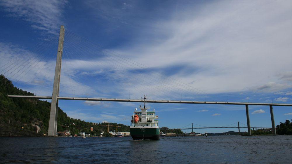 Rederiforbundet og DNV GL har laget en rapport om hvordan maritim industri kan kutte ustlipp, og har identifisert fem områder. Nå kan flere bransjer ølge deres eksempel.