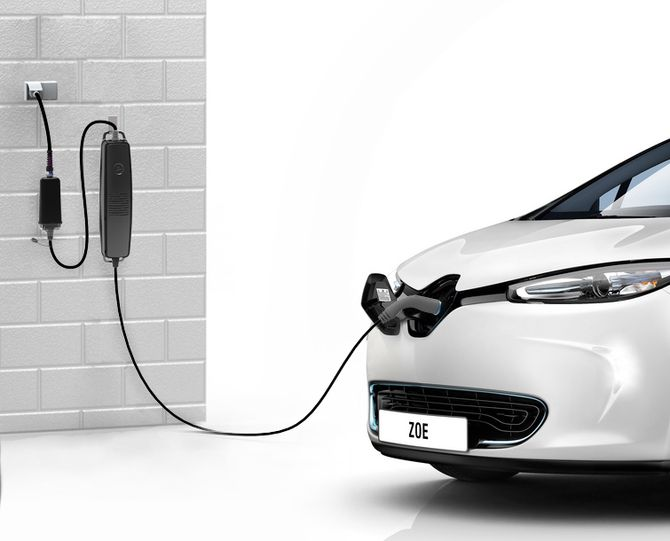 ZapCharger Portable – Unik ladekabel laget for Renault Zoe modellen