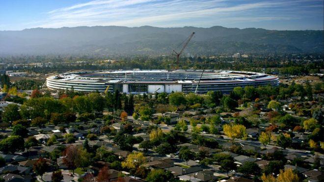 Nå åpner Apples nye hovedkontor