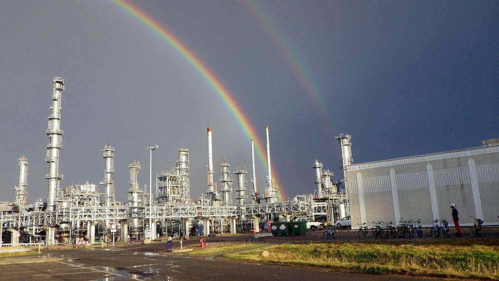 Raffineri: Statoils oljeraffineri i Kalundborg er knyttet til flere av nabobedriftene gjennom utveksling av blant annet vann og damp.