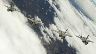 19. april: F-35 i Europa er trening, ikke politikk. 25. april: Stridsklare kampfly til Estland