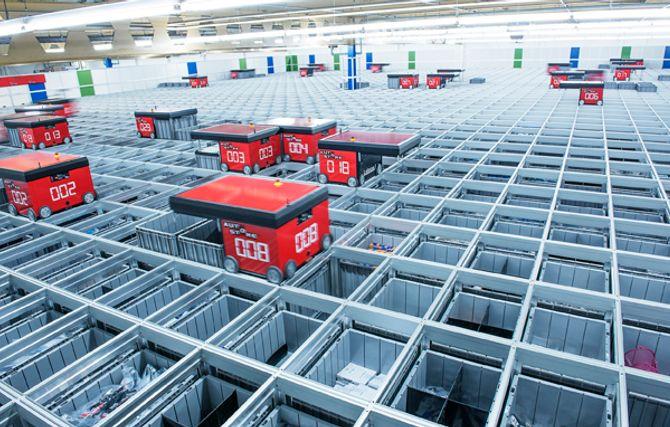 Norskutviklede AutoStore har blitt en internasjonal hit, ikke minst innen netthandel. Årsaken er kompakt lagring, god skalerbarhet og høy effektivitet.