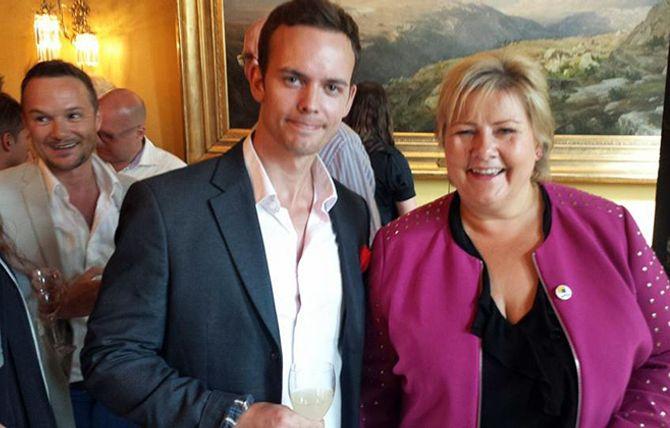 SAMMEN MED SOLBERG: I forbindelse med Pride 2015 ble Thoresen invitert hjem til Erna Solberg i Statsminsterboligen.