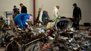 Ett år siden Turøy-ulykken: Turbin-ekspert fatter ikke hvorfor Super Puma-helikoptrene får lov til å fly videre