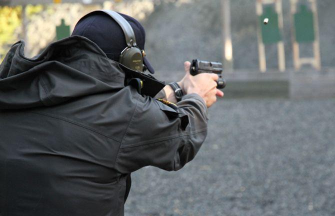Skyteøvelse studenter (3).JPG