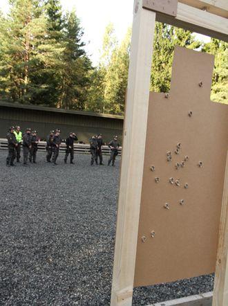 Skyteøvelse studenter (2).JPG