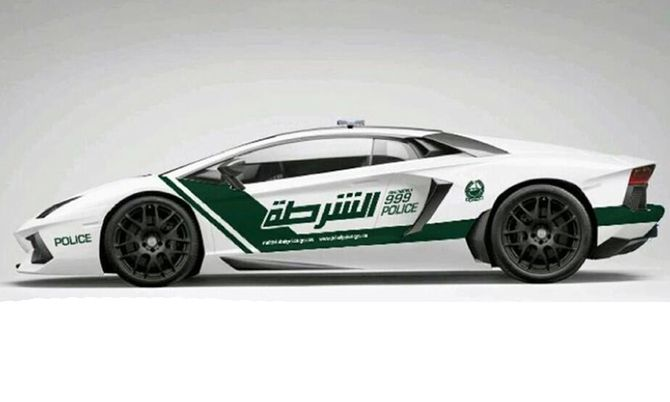 Dubai-pollitiets Lamborghini 2.jpg