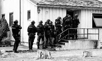 Politi på øvelse (3).jpg