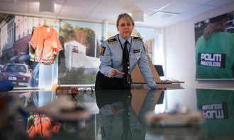 Operasjonssentralen har mulighet til å gi patruljer ute god oversikt ved rett bruk av verktøy, forteller Dorthe Månsson ved PHS.