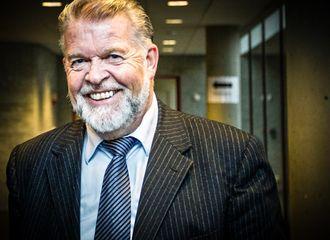 Kronikkforfatter Arne Selvik er sosiolog og forfatter
