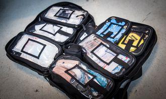 En standarisert sanitetssekk vil følge med bilen.