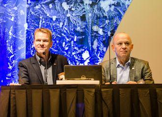 PF-leder Sigve Bolstad og generalsekretær Lars Øverkil på landsmøtet i 2014.