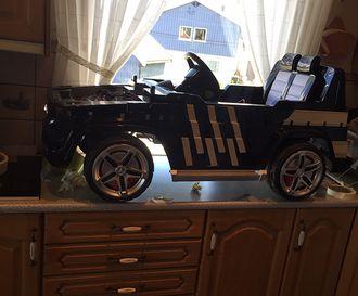 Bilen til Mathias er bokstavelig talt laget på kjøkkenbenken.