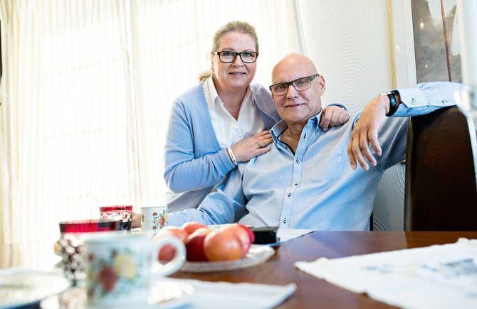 Eva Lindis Kasin, samboer og også politiansatt, har stilt opp for Dag Egil. – Det var utrolig viktig, sier Dag Egil.