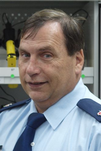 Peter Hansen.