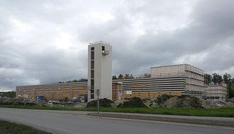Den nye brannstasjonen i Bodø stod ferdig i år, og hit skal også politiets nye operasjonssentral. Var det virkelig nødvendig å oppgradere de gamle kort tid i forveien?