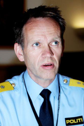 SLIK ER VI VANT TIL Å SE HAM: Håkon Skulstad bytter ut politiskjorta med friluftsklær i ferien.