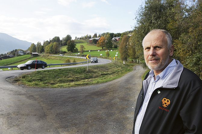 Eivind Brenna er ordfører i Vestre Sildre kommune i Valdres og Innlandet politidistrikt.