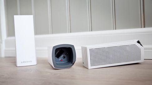 Mesh-nettverk er løsningen for deg som sliter med wifi-dekningen hjemme. Her Linksys Velop, som kan kjøpes i både to- og trepakk.