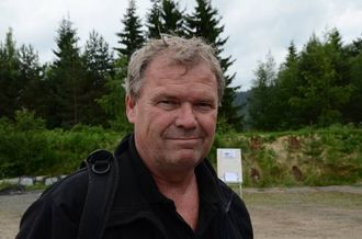 NAF-REDAKTØR: Det blir nokre tusen kilometer i året når du heiter Per Roger Lauritzen og har anvsvaret for vegboka til NAF.
