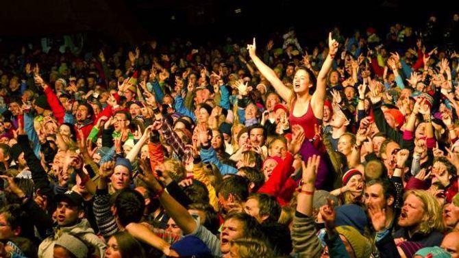 3100: Det blir alltid seld 3100 billettar til Vinjerock, verken meir eller mindre. God stemning frå ei tidlegare utgåve av festivalen.