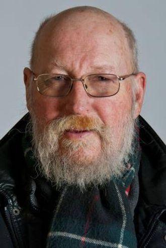 Professor Stein Østre.