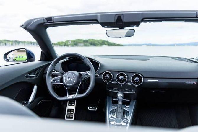 NYTT: Innvendig har TT det nye interiøret fra Audi.