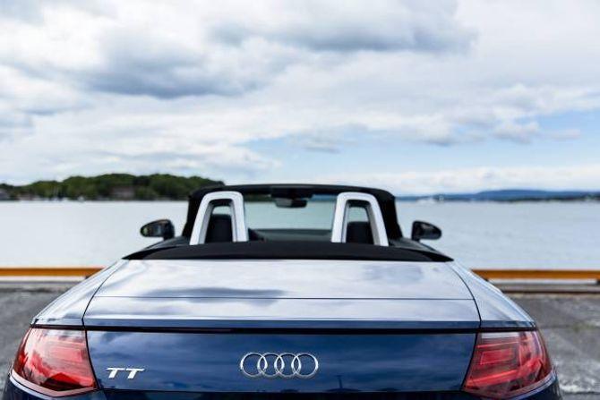NOKO PLASS: Bagasjerommet tek 280 liter, det er 100 liter meir enn i ein BMW Z4, 55 meir enn i ein Mercedes-Benz SLC og heile 150 meir enn i ein Mazda MX-5.