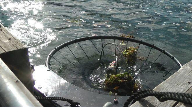 Norsk selskap bruker oljevern-teknologi for å rense havnene for søppel