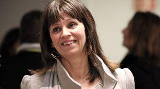 AVTALEFESTA: Fylkesordførar Jenny Følling fortel dei 11 millionane brukte til rådgjeving ikkje er tapte for fylkeskommunen sin del. Arkivfoto
