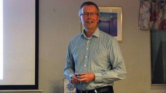 GÅR FORT: Fabrikksjef Steinar Talle seier utviklinga går svært raskt.