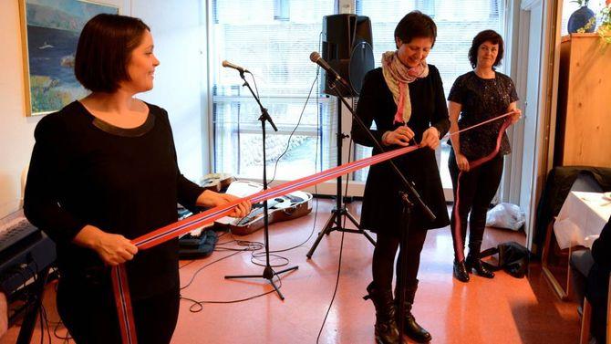 OPNA: Første nestleiar i Helse- og omsorgskomiteen på Stortinget, Kjersti Toppe (Sp), var invitert til den storstilte opninga i mars 2015. Arkiv