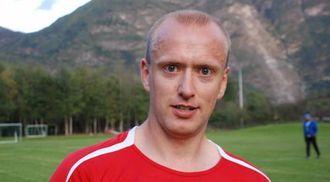 SKEPTISK: Tidlegare trenar, Øystein Lindesteg Rinde, er skeptisk til at Lærdal ikkje stiller seniorlag denne sesongen.