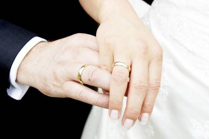 EKTESKAP: Påsken var høgsesong for frieri. Ein får tru dei vart følgde opp av bryllaup.