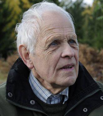 FORSKAR: Ørnulf Hodne er kulturhistorikar og gjesteforskar ved Universitetet i Oslo (UiO). Han har skrive fleire bøker om folketru.