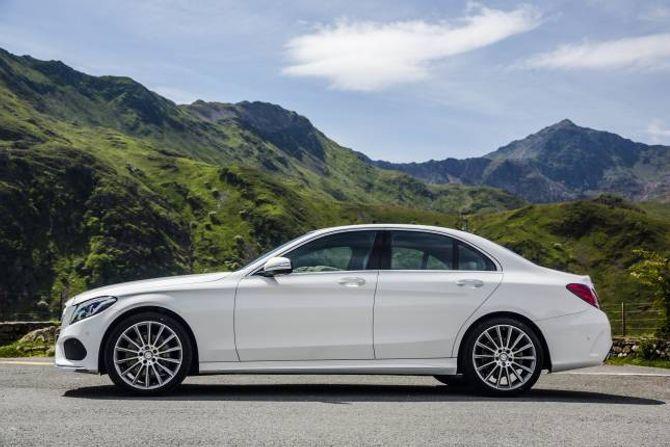 BEST: Mercedes-Benz C-klasse blei nyleg kåra til den beste bilen i verda under ei bilutstilling i New York.