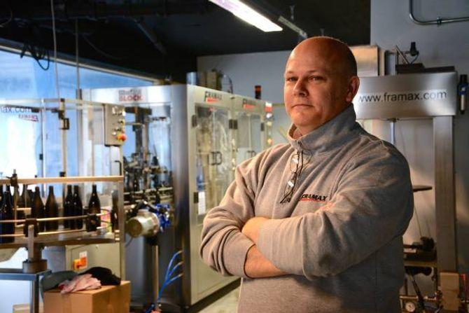 FAMILIEBEDRIFT: Franco Caralli, frå Toscana i Italia, har levert bryggeriutstyr i både Lofoten og Lindesnes. Dei siste åra har det vorte mange turar til Noreg.
