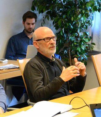 IKKJE EIN FASIT: Jan Olav Fretland (Sv) seier dei tre alternativa til skulestruktur er administrative val, som ikkje enno er handsama politisk.