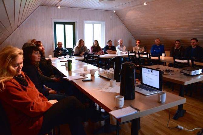 DIGITAL UTVIKLING: Under frukostmøtet i regi av Lærdal næringsutvikling AS hadde næringsliv et i Lærdal moglegheit til å ruste seg for å ta del i digital marknadsføring.