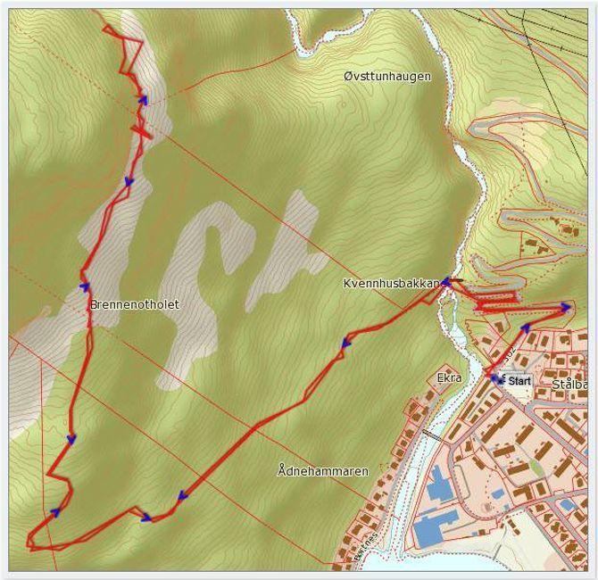 Kart: Statkart via Peakbookmed innlagt GPS-spor av J. Asperheim