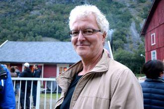 SPELT I LAG: Odd Sigmund Høl fortel ha seinast opplevde Karl Seglem spele blues på bukkehorn under Fjøsblues på Avdal gard.