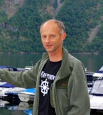 INITIATIV: Leiar i Årdal Båtforening Albert Berveling. Arkiv