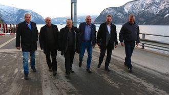 SAMLA: Ordførarar frå nabokommunane var samla i Lærdal.