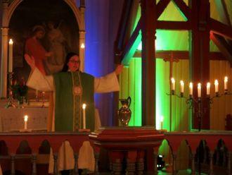 NYTT ÅR: Sokneprest Helene Langeland i Hauge kyrkje.