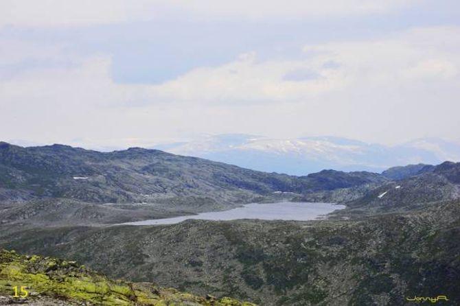 Utsikt nordover mot Jervvatnet.