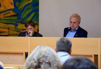 MÅ OPP POLITISK: Rådmann Alf Olsen jr. og ordførar Jan Geir Solheim.