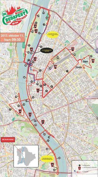 MIDT I BYEN: Den 42. kilometer lange løypa fann stad midt i byen.